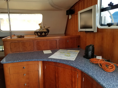 Antares Sailboat salon